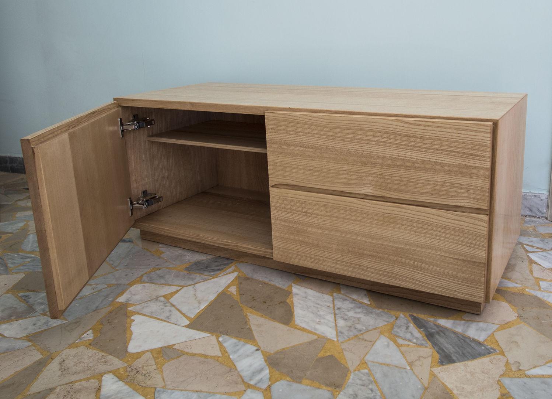 Gruppo di mobili da ingresso in legno di frassino - Mobili d ingresso ...