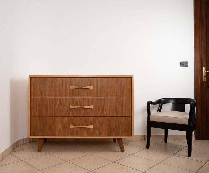Scandinavian Chest of drawers